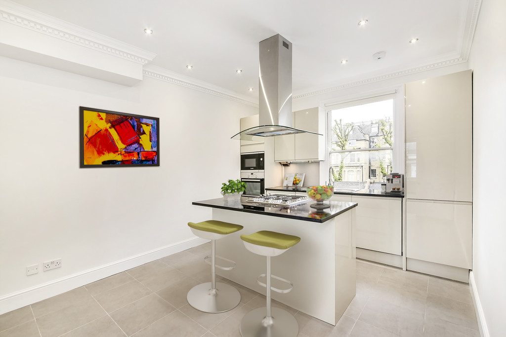 Property To Rent In London L2L5992-1369