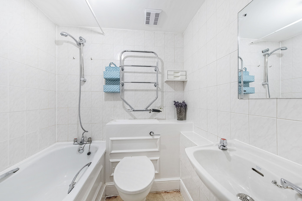 Flats And Apartments To Rent In Brompton L2L5992-1372