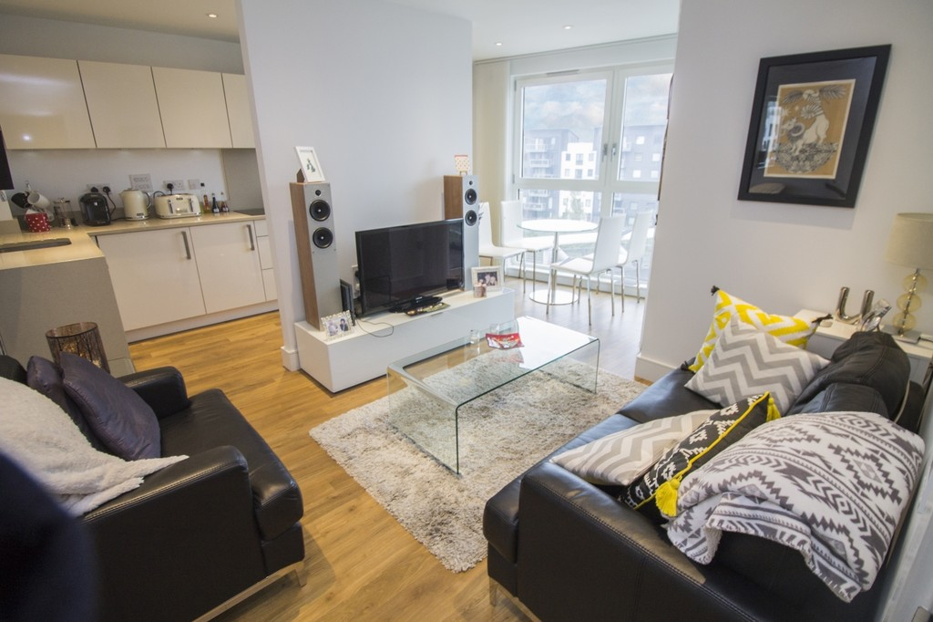 Property & Flats to rent with Martin & Co : Islington L2L6016-554