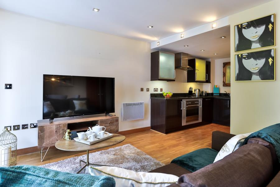 Property To Rent In London L2L605-1185