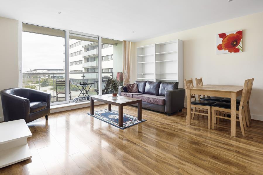Property & Flats to rent with Morgan Randall (Canary Wharf) L2L605-671