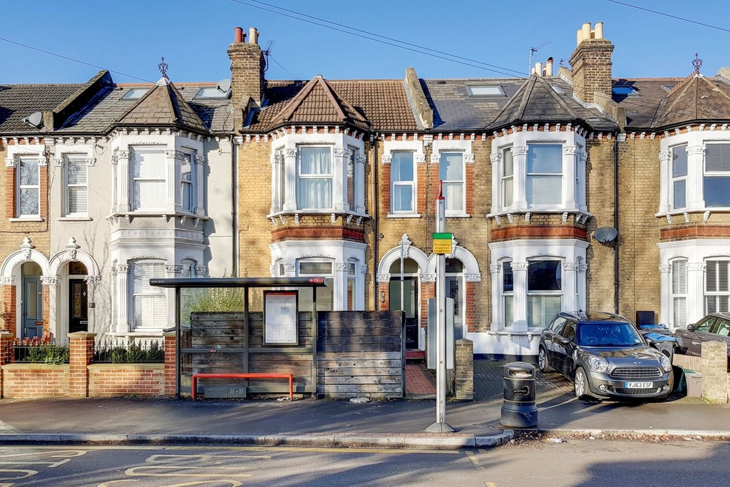 Property To Rent In London L2L6060-503