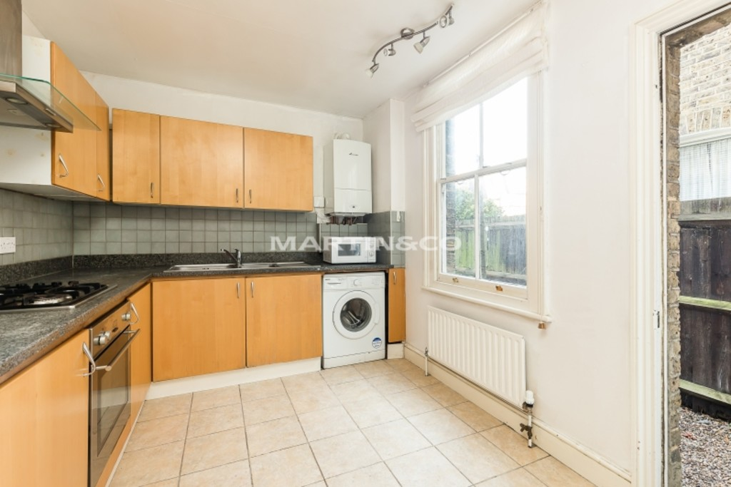 House To Rent In London L2L6060-496