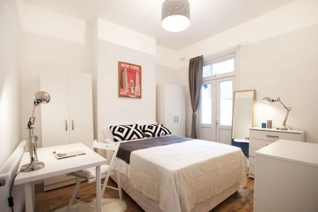 Property To Rent In London L2L6074-721