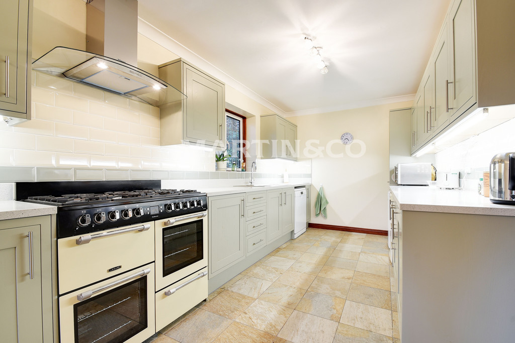 Property To Rent In London L2L6083-629