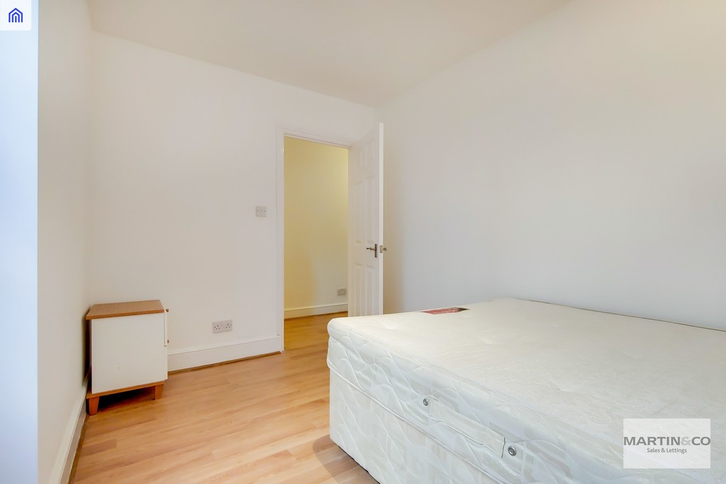 London Rental Property L2L6085-1403