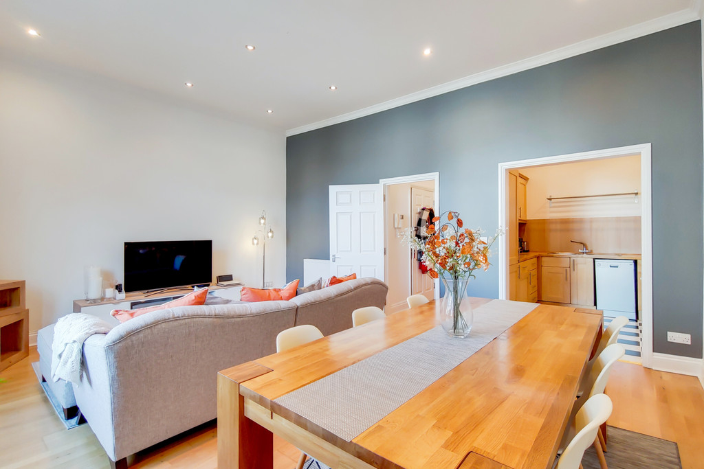 Flats And Apartments To Rent In Crystal Palace L2L6090-789