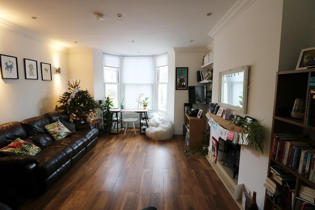 Flats And Apartments To Rent In London L2L6090-773