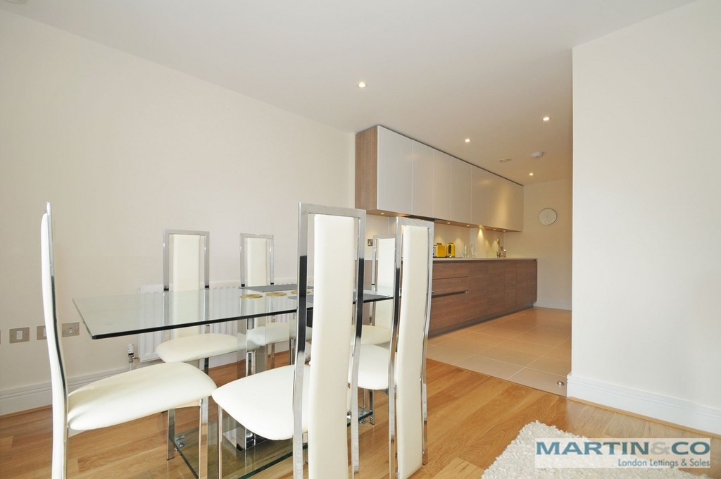 Student To Rent In London L2L6119-382