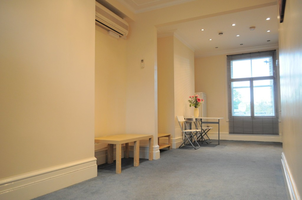 Student To Rent In London L2L6119-744
