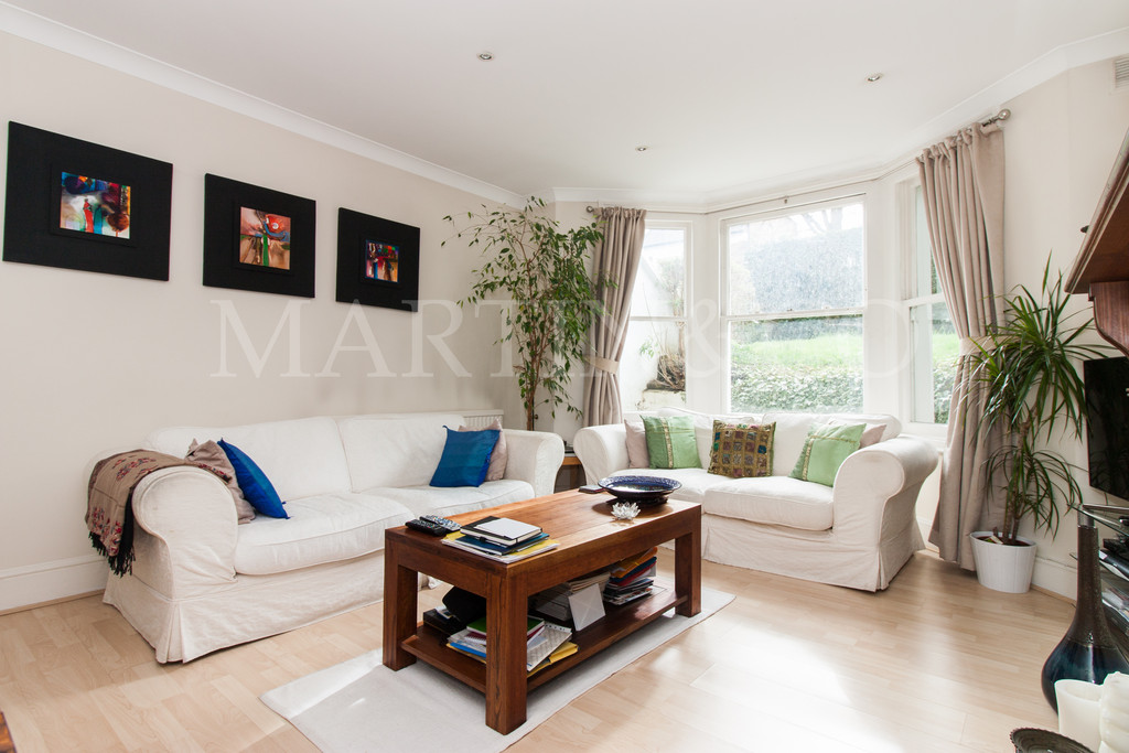 Flats And Apartments To Rent In South Ealing L2L6119-446