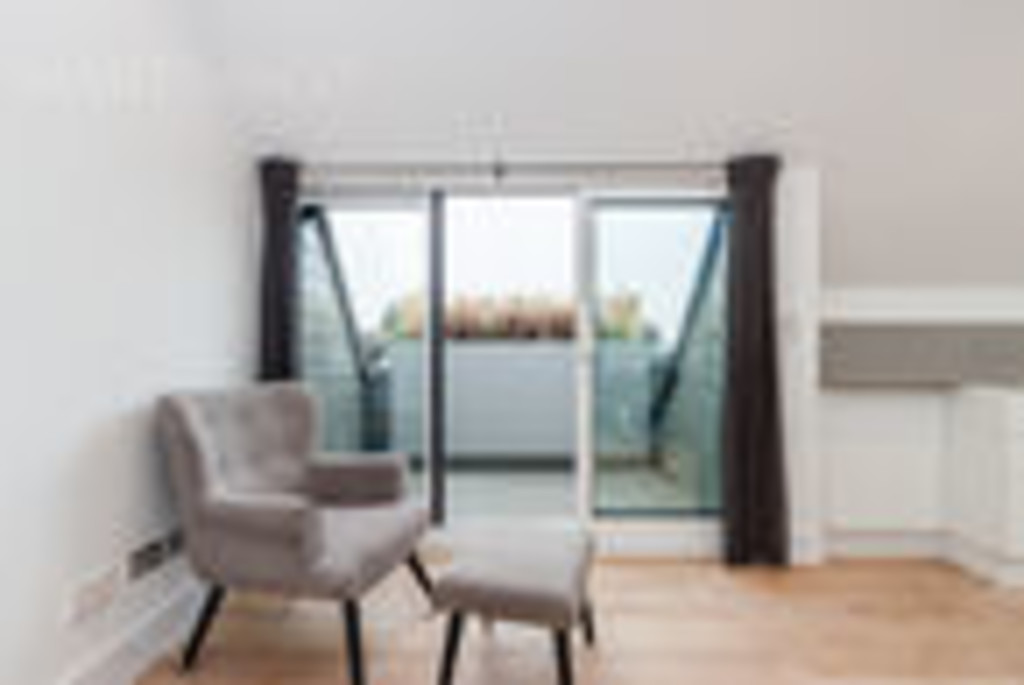Flats And Apartments To Rent In London L2L6119-741