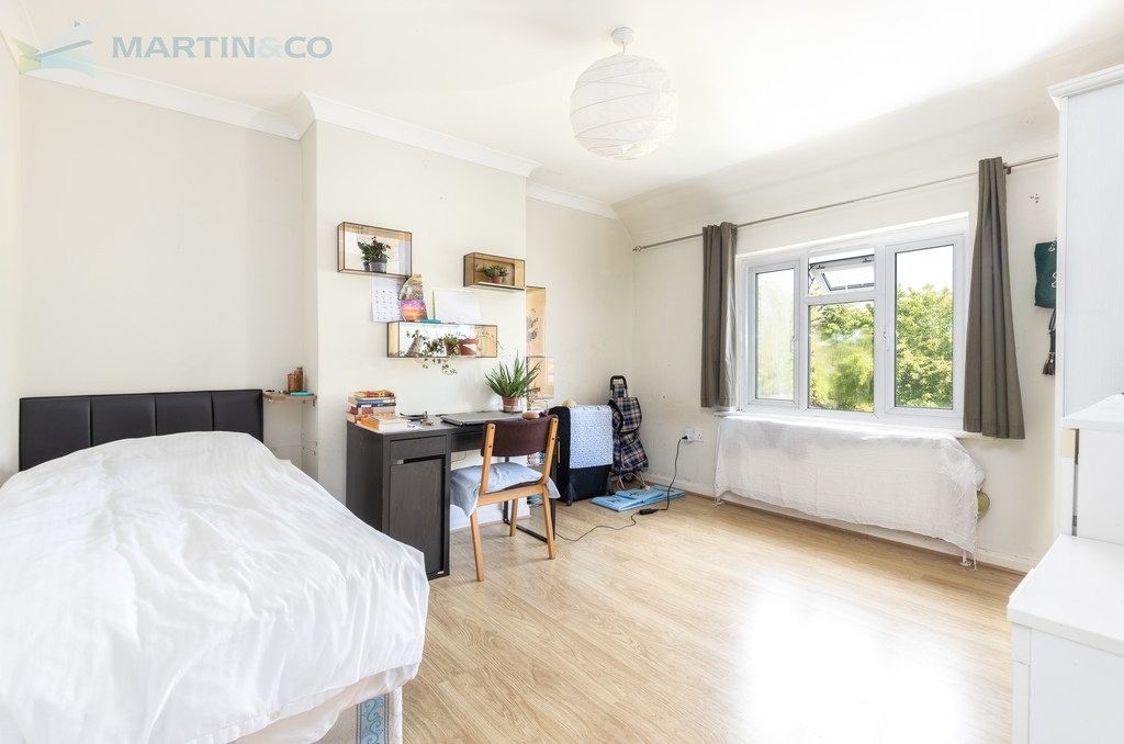 Student To Rent In London L2L6119-765
