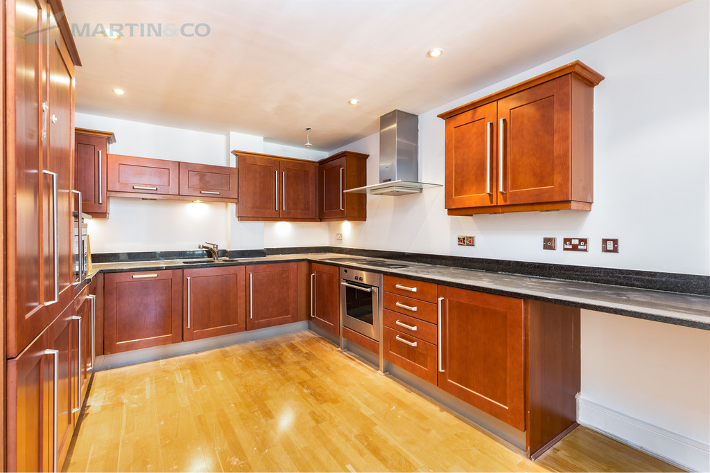 Flats And Apartments To Rent In South Ealing L2L6119-838