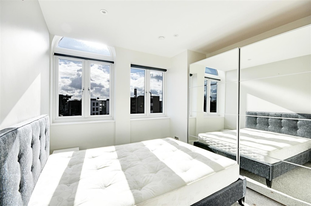 Flats And Apartments To Rent In London L2L6119-847