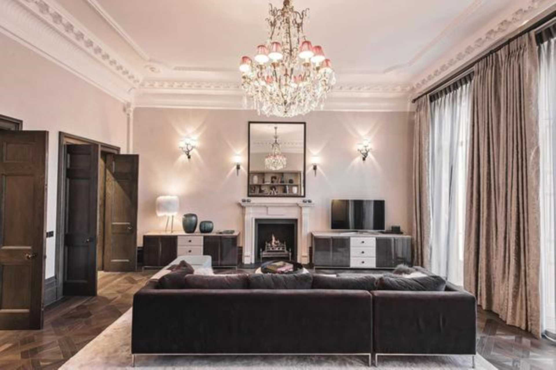 Flats And Apartments To Rent In London L2L6143-100
