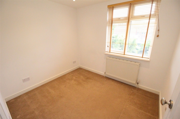London Rental Property L2L619-1379