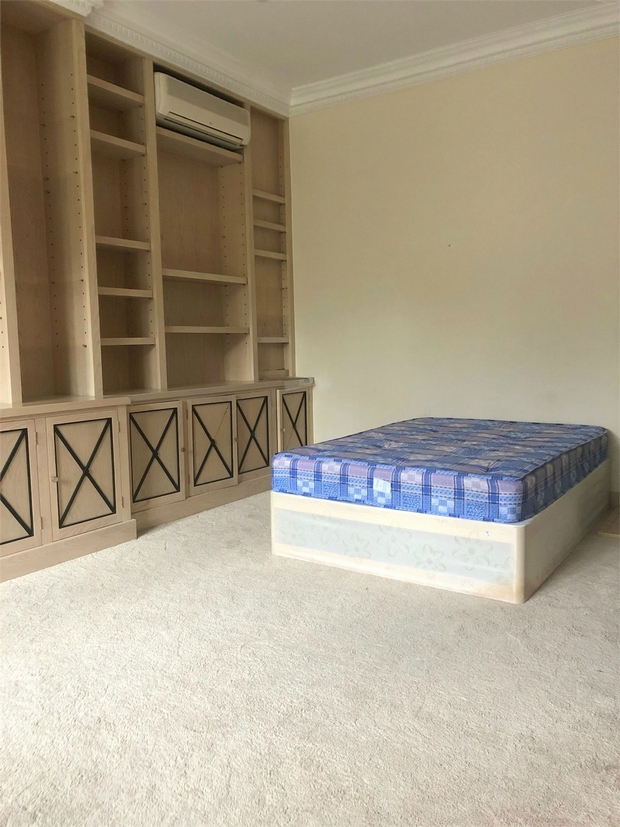 House To Rent In London L2L619-1658