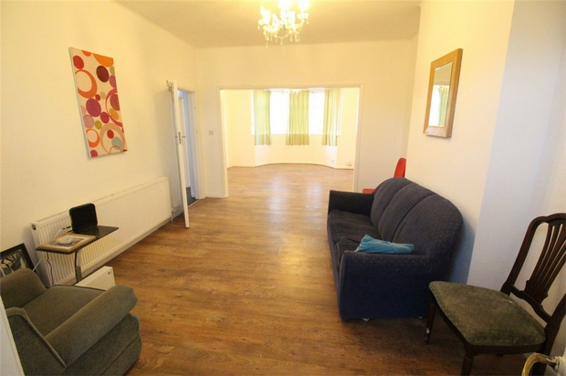 House To Rent In London L2L619-2030