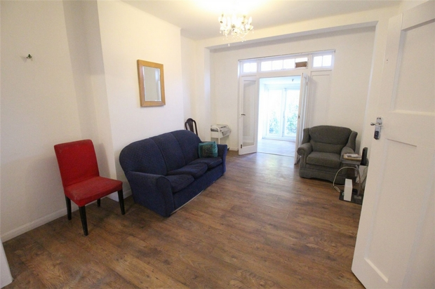 House To Rent In Edgwarebury L2L619-2030