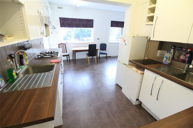 London Rental Property L2L619-2030