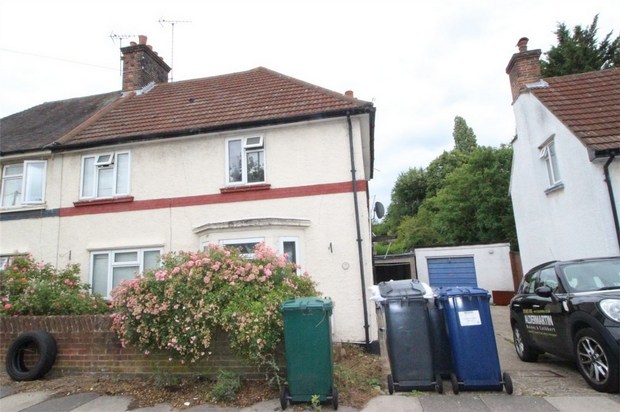 House To Rent In London L2L619-100