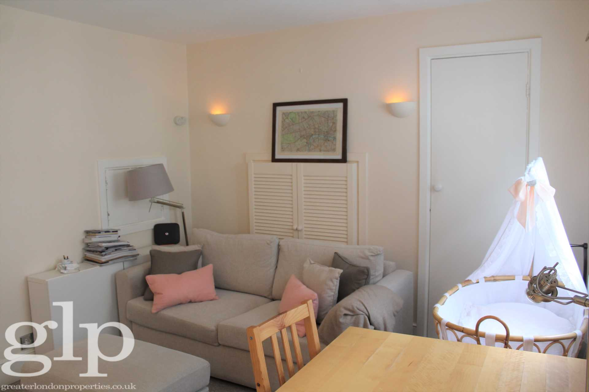 Flats And Apartments To Rent In London L2L62-1371