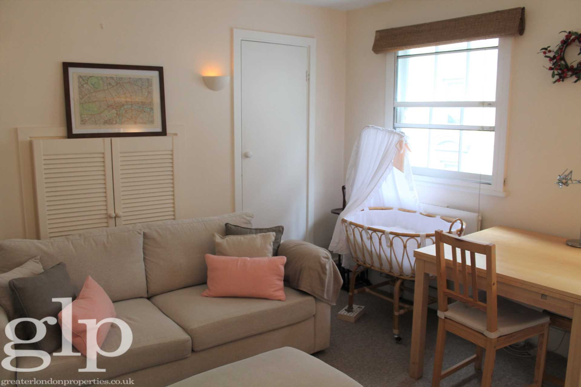 Rent In Covent Garden L2L62-1371