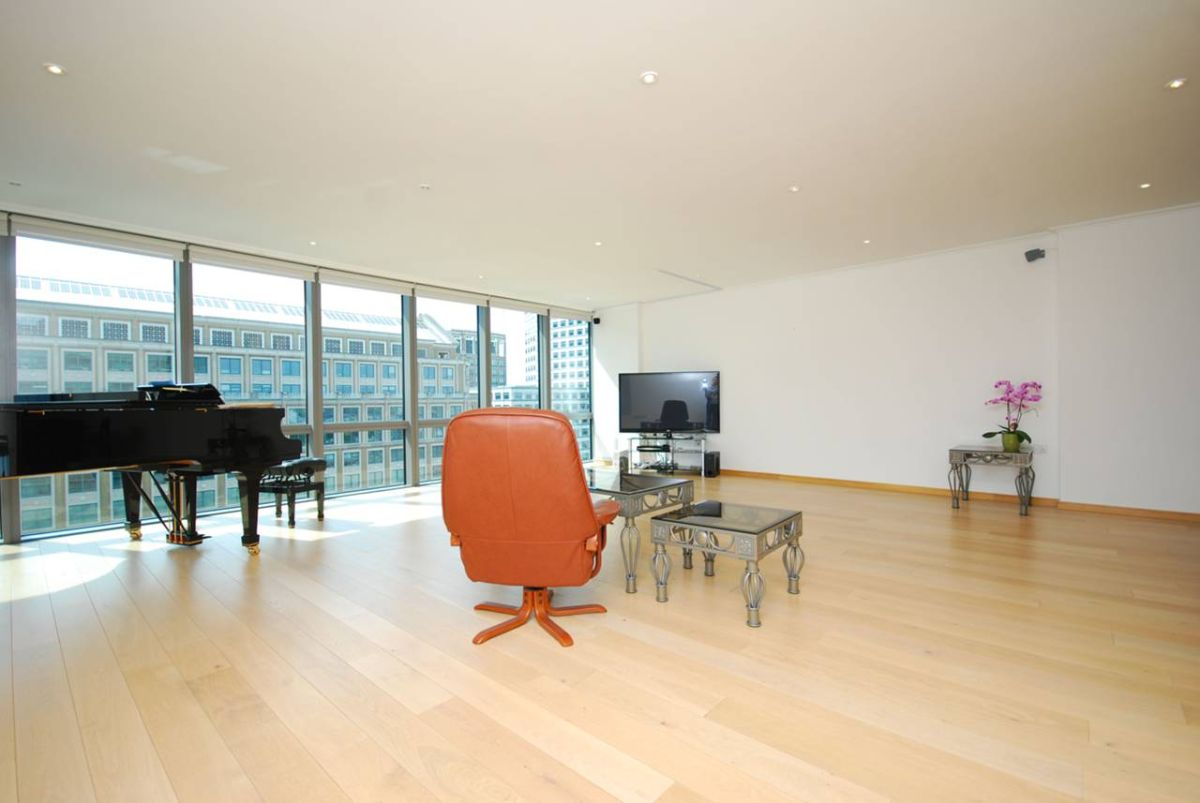 Flats And Apartments To Rent In London L2L6222-2307