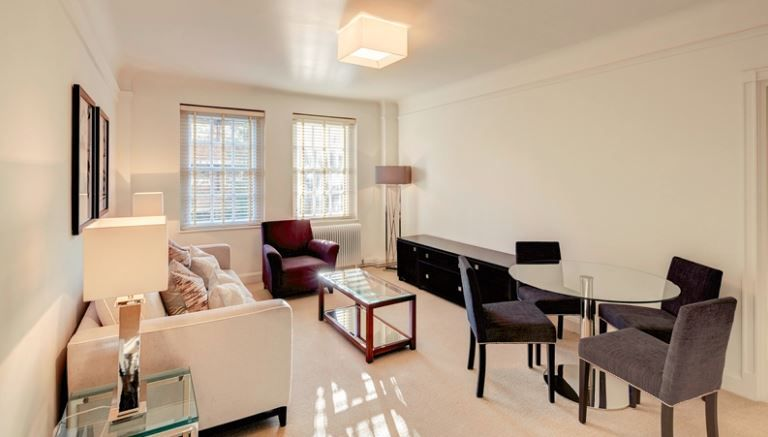 Property To Rent In London L2L6222-2300
