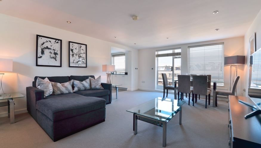 Property To Rent In London L2L6222-2107