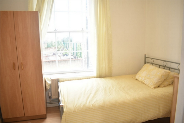 Property To Rent In London L2L623-547