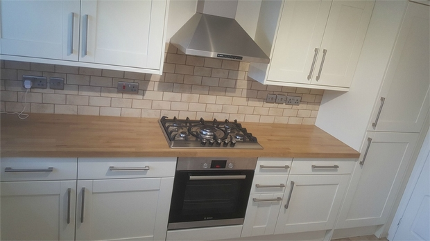 Flatshare To Rent In Bow L2L623-251