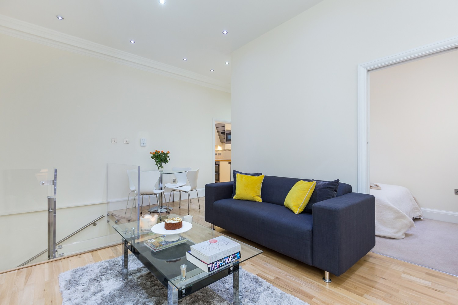 Property To Rent In London L2L695-568
