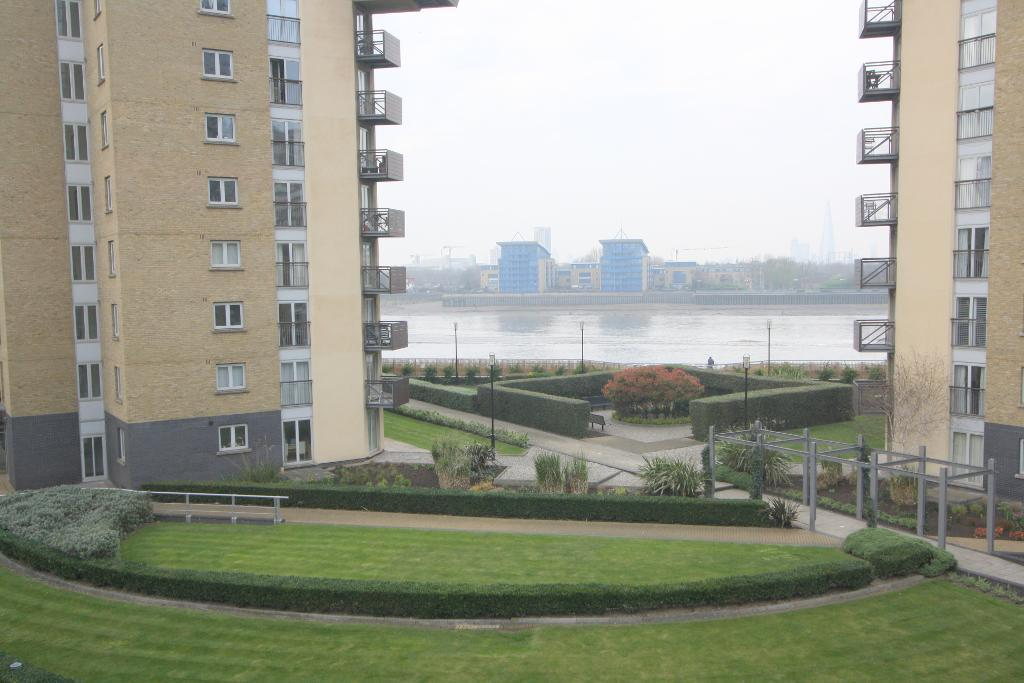 Property To Rent In London L2L707-854