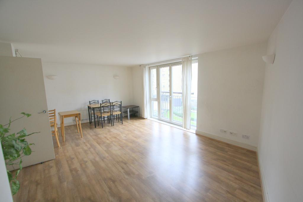 Flats And Apartments To Rent In London L2L707-854