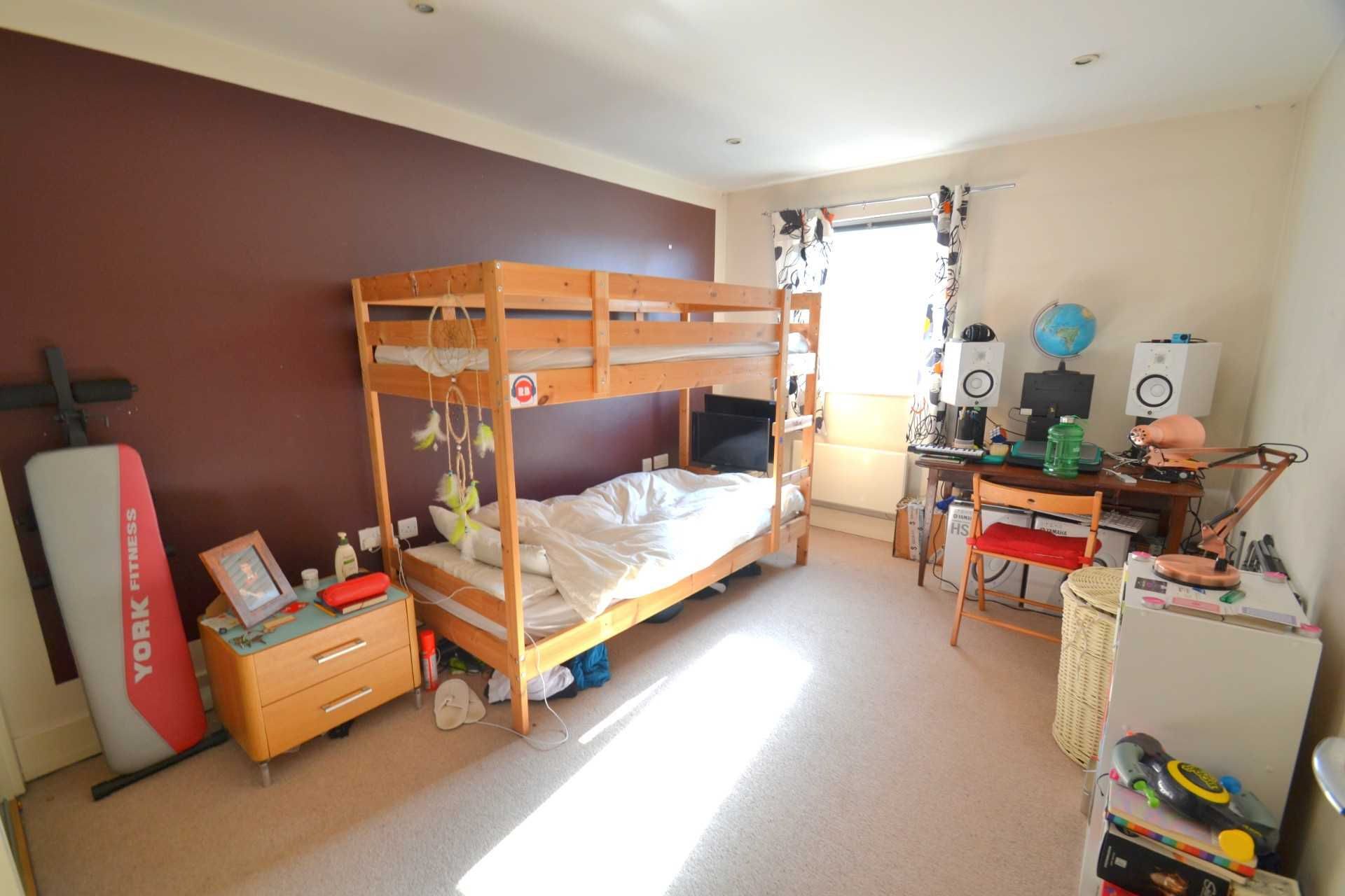 Flats And Apartments To Rent In London L2L72-575