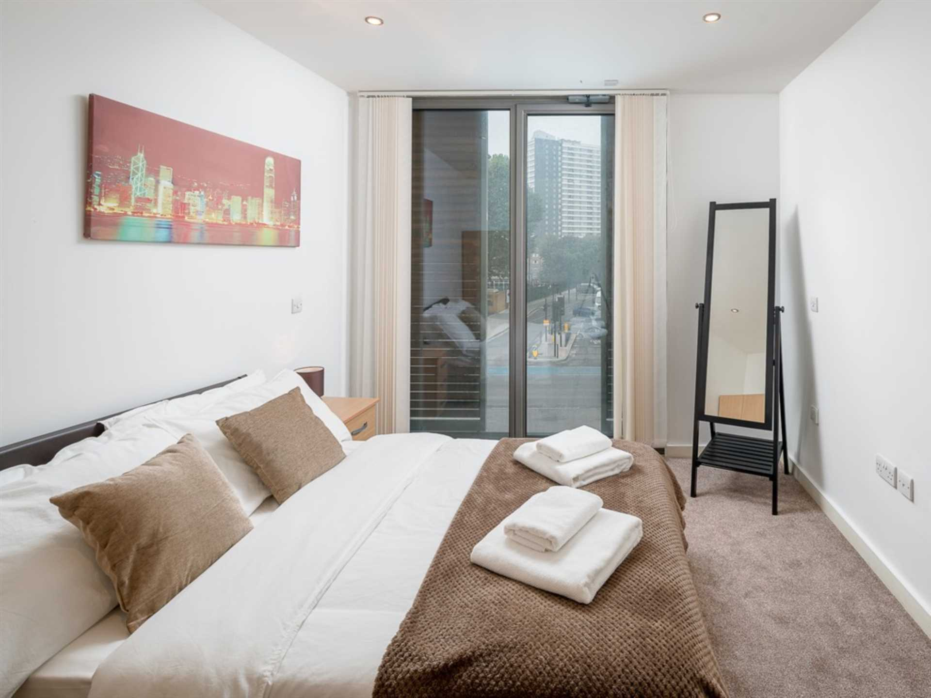Property To Rent In London L2L73-226