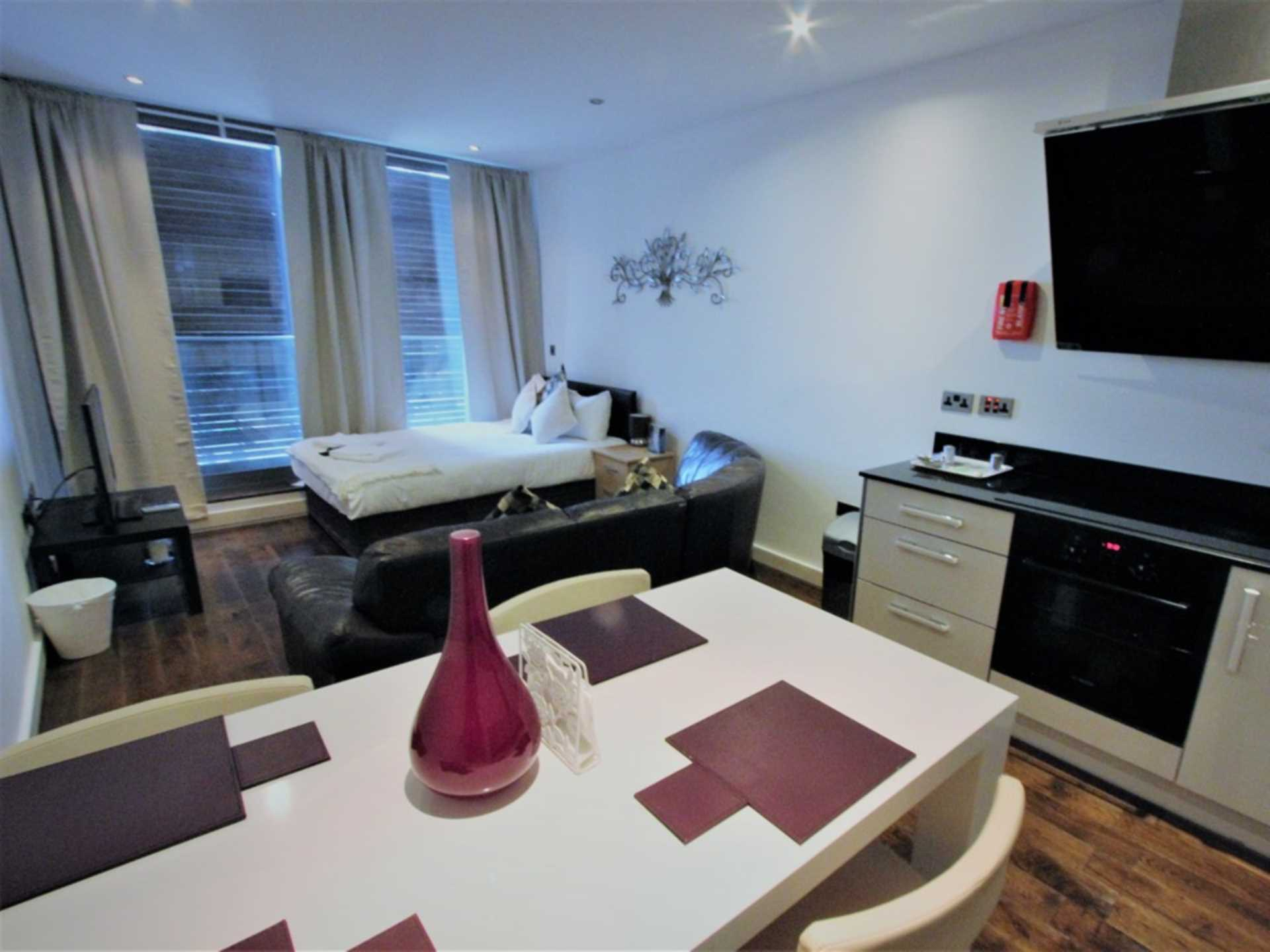 Student To Rent In Stratford L2L73-226