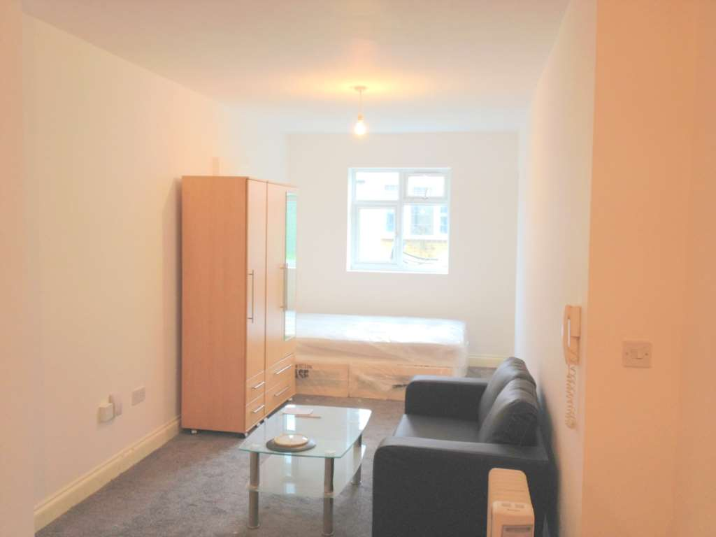 Flats And Apartments To Rent In London L2L73-228