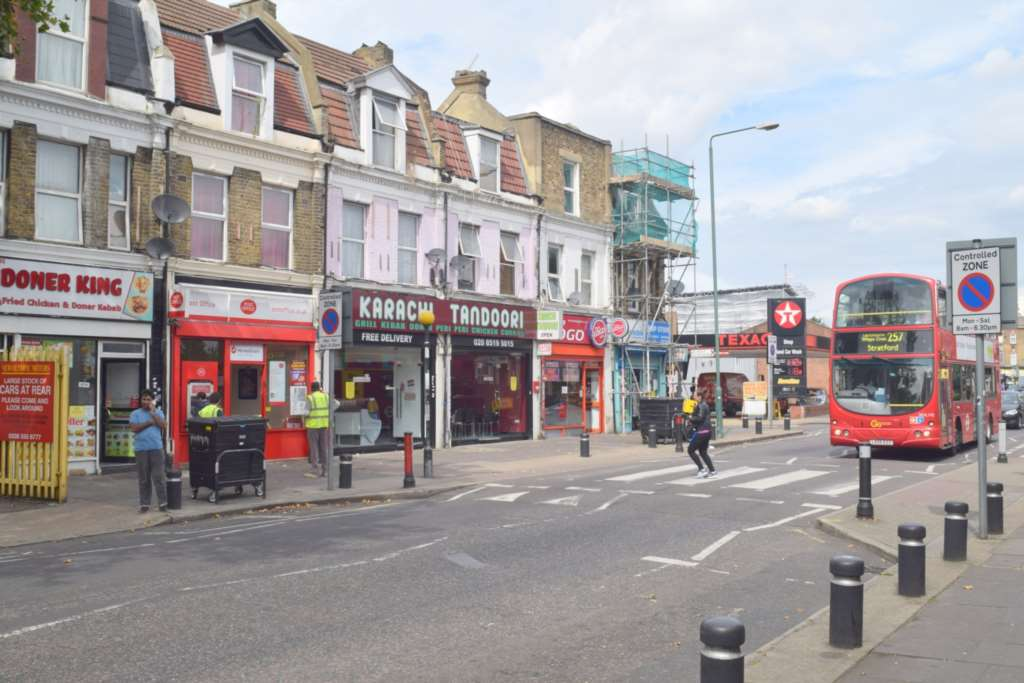Property To Rent In London L2L73-145