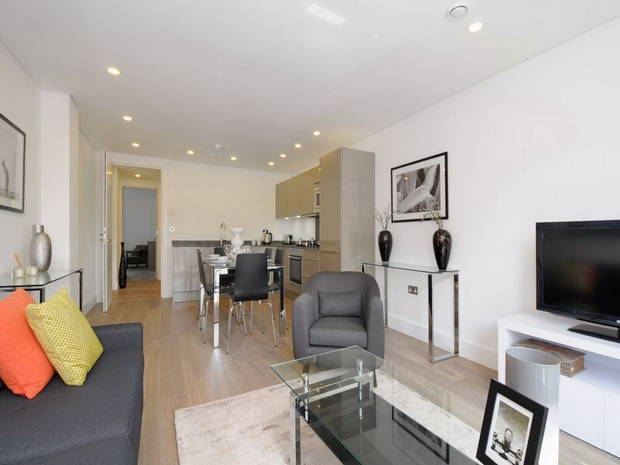 Rent In London L2L731-131