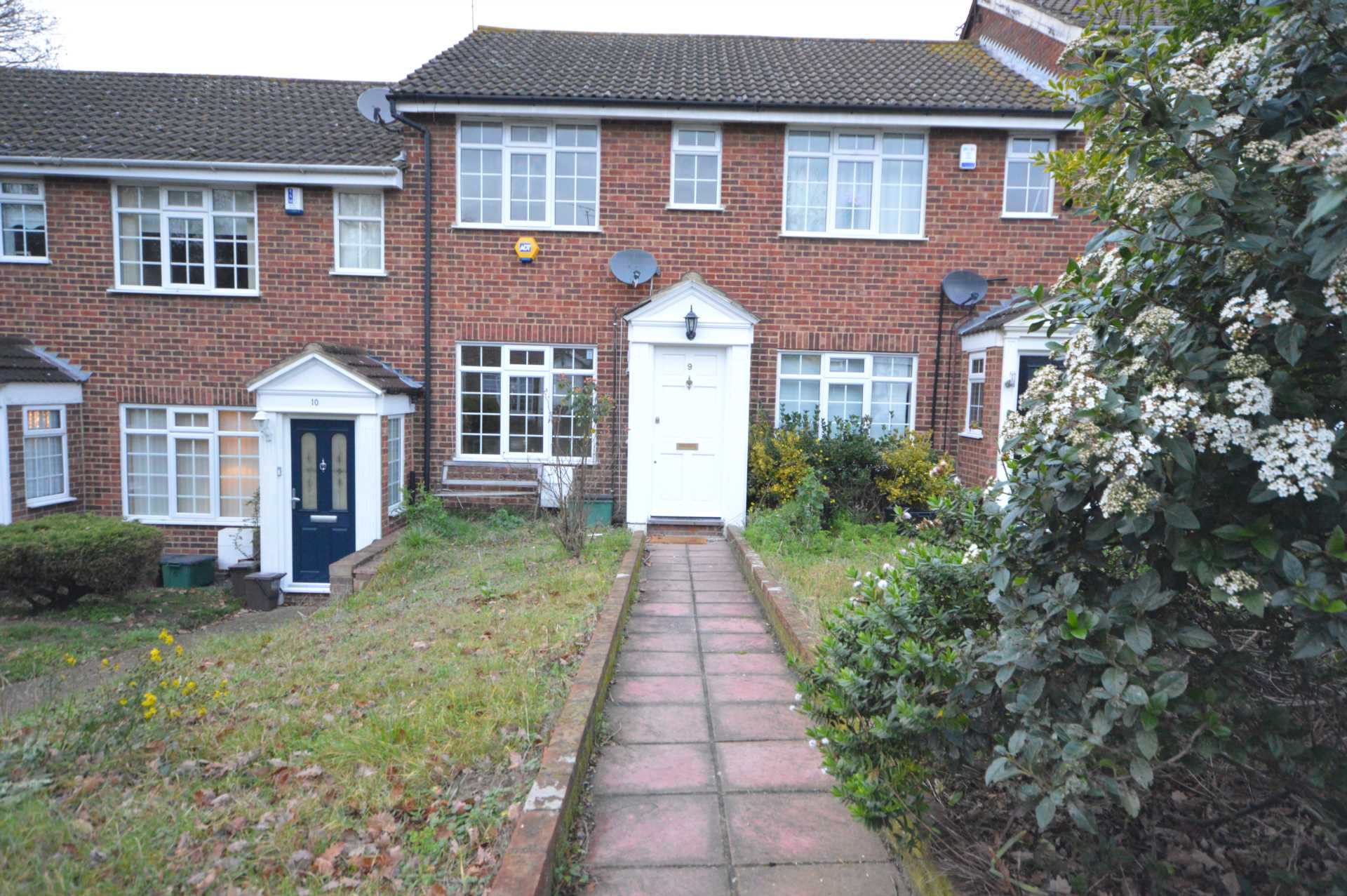 Property To Rent In London L2L76-463