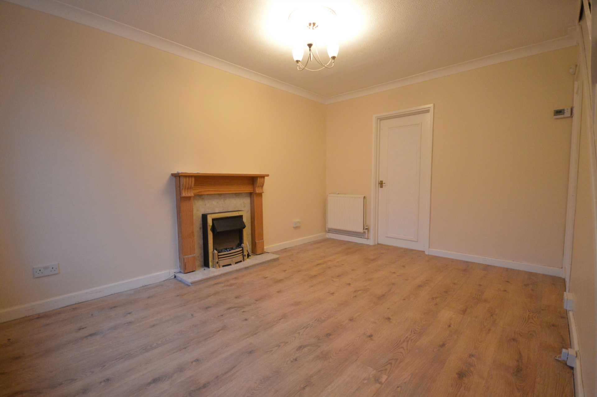 House To Rent In Belvedere L2L76-463