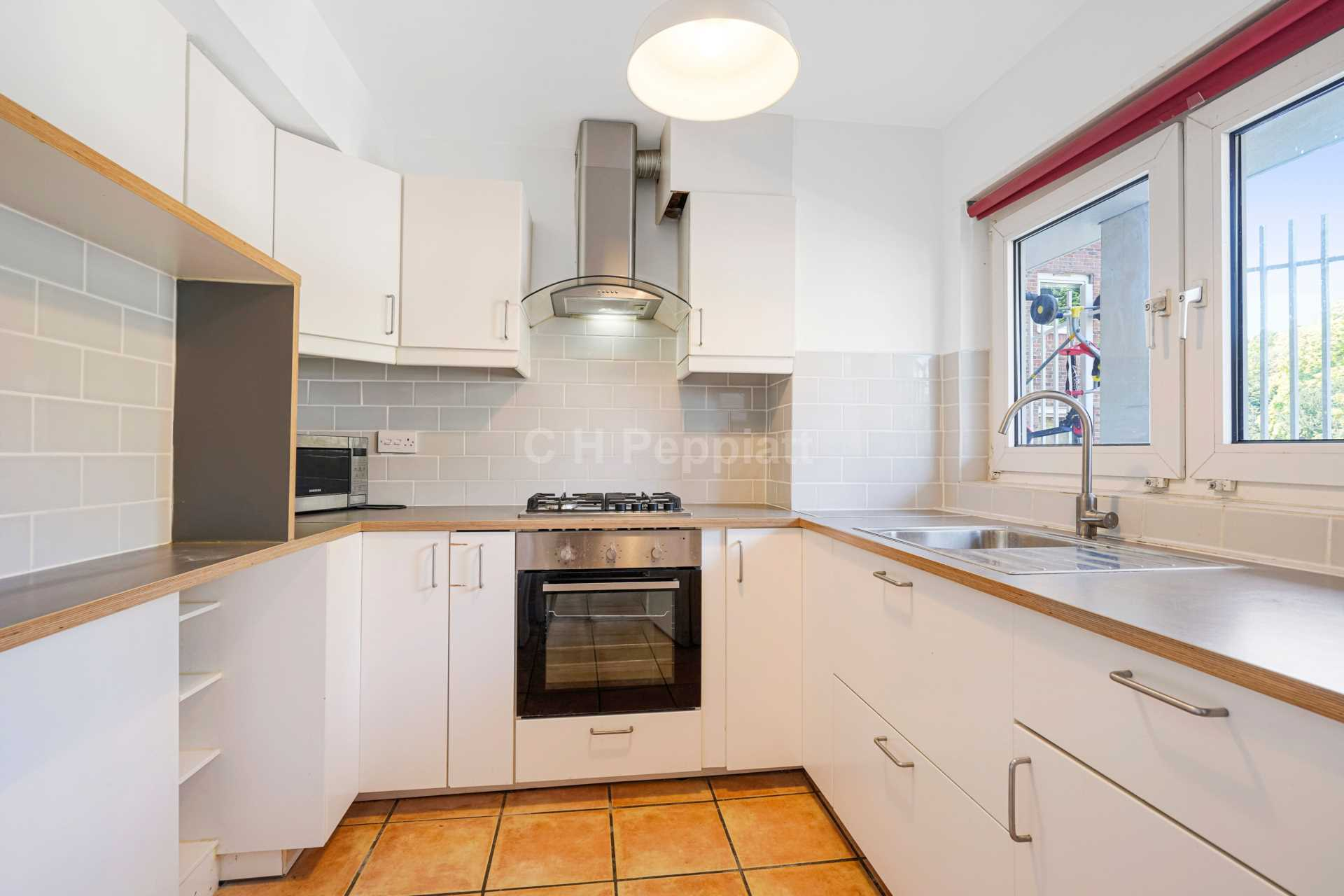 Property To Rent In London L2L77-1319