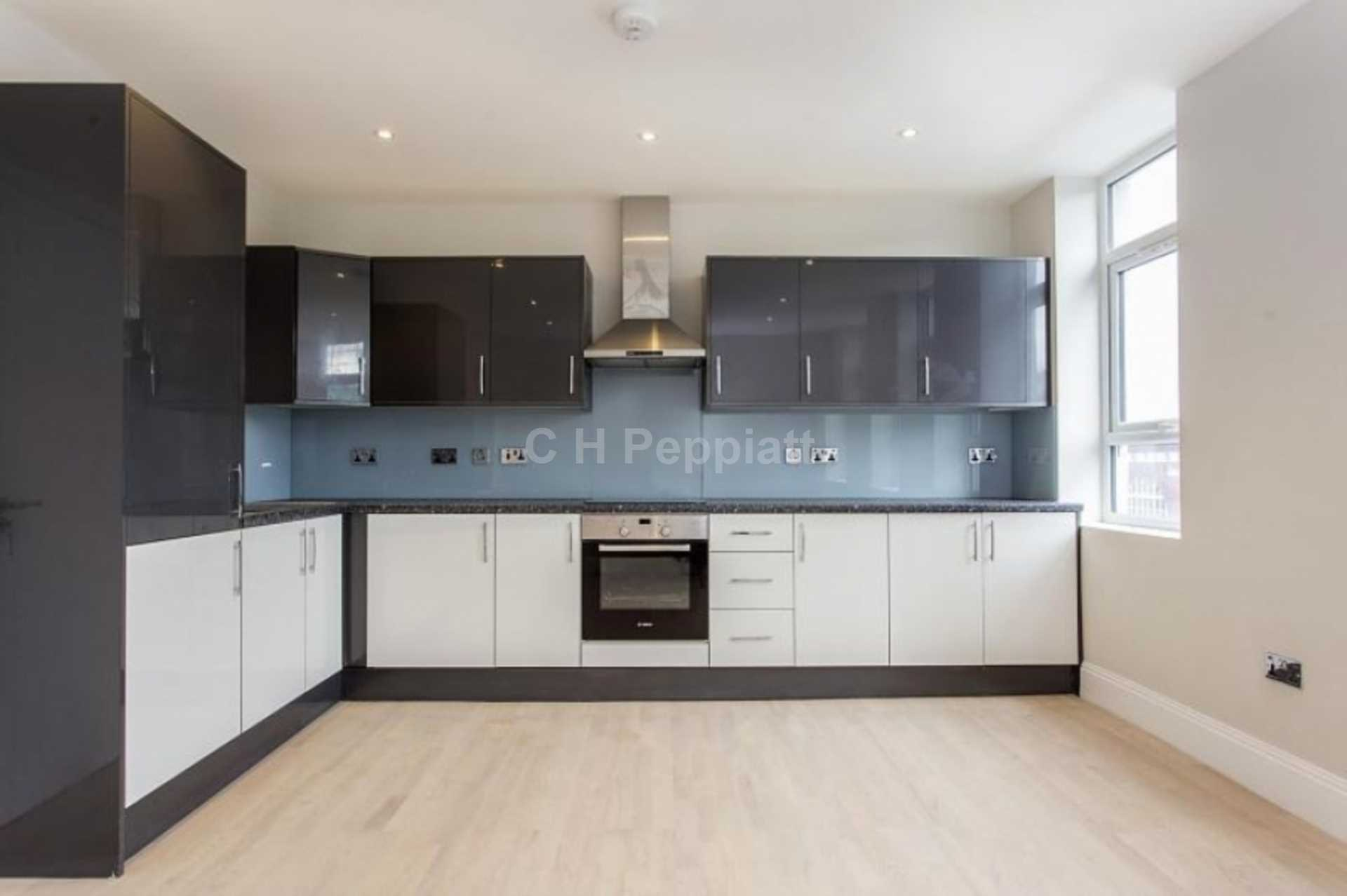 Flats And Apartments To Rent In London L2L77-1203