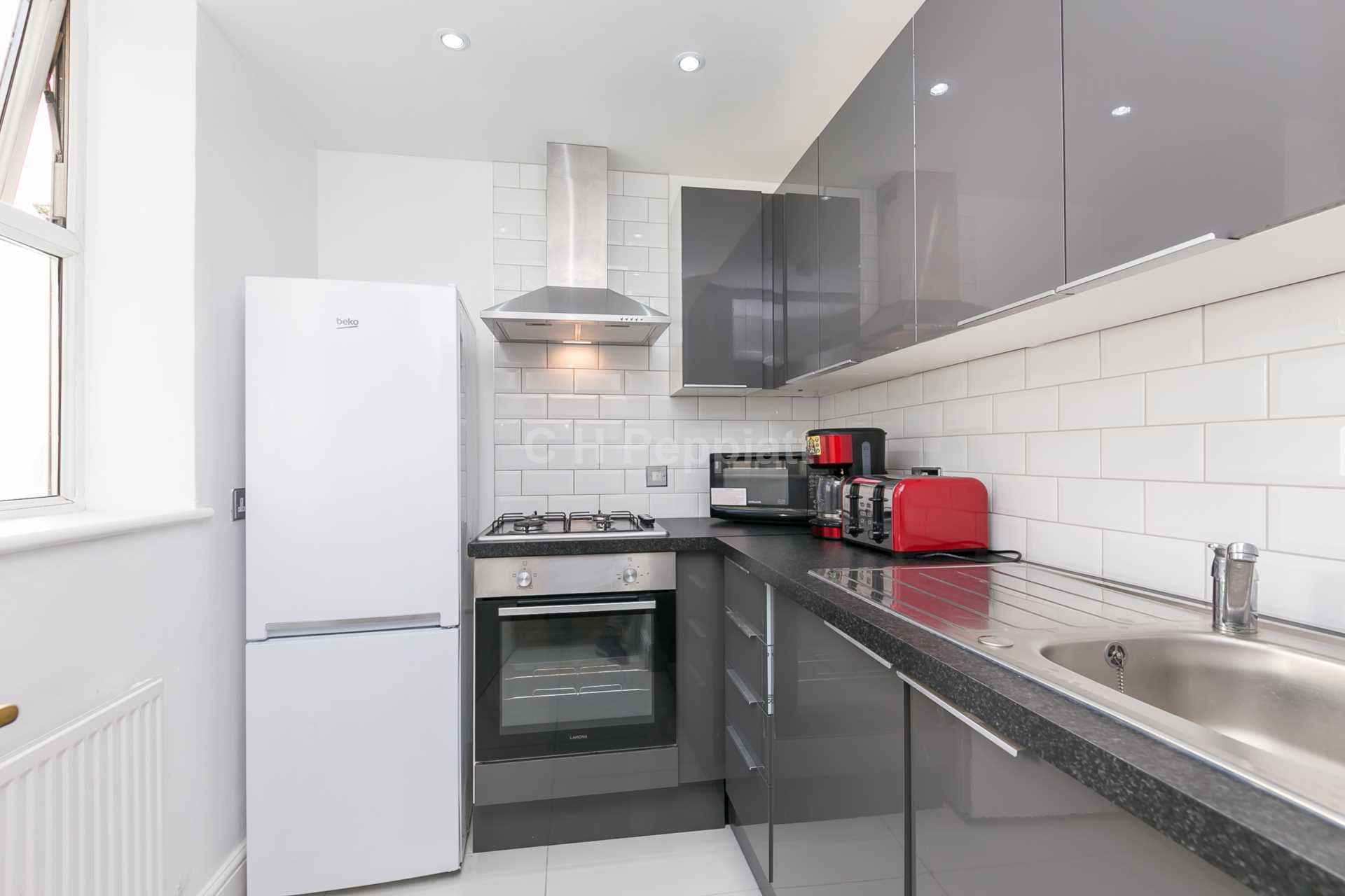 Student To Rent In London L2L77-1313