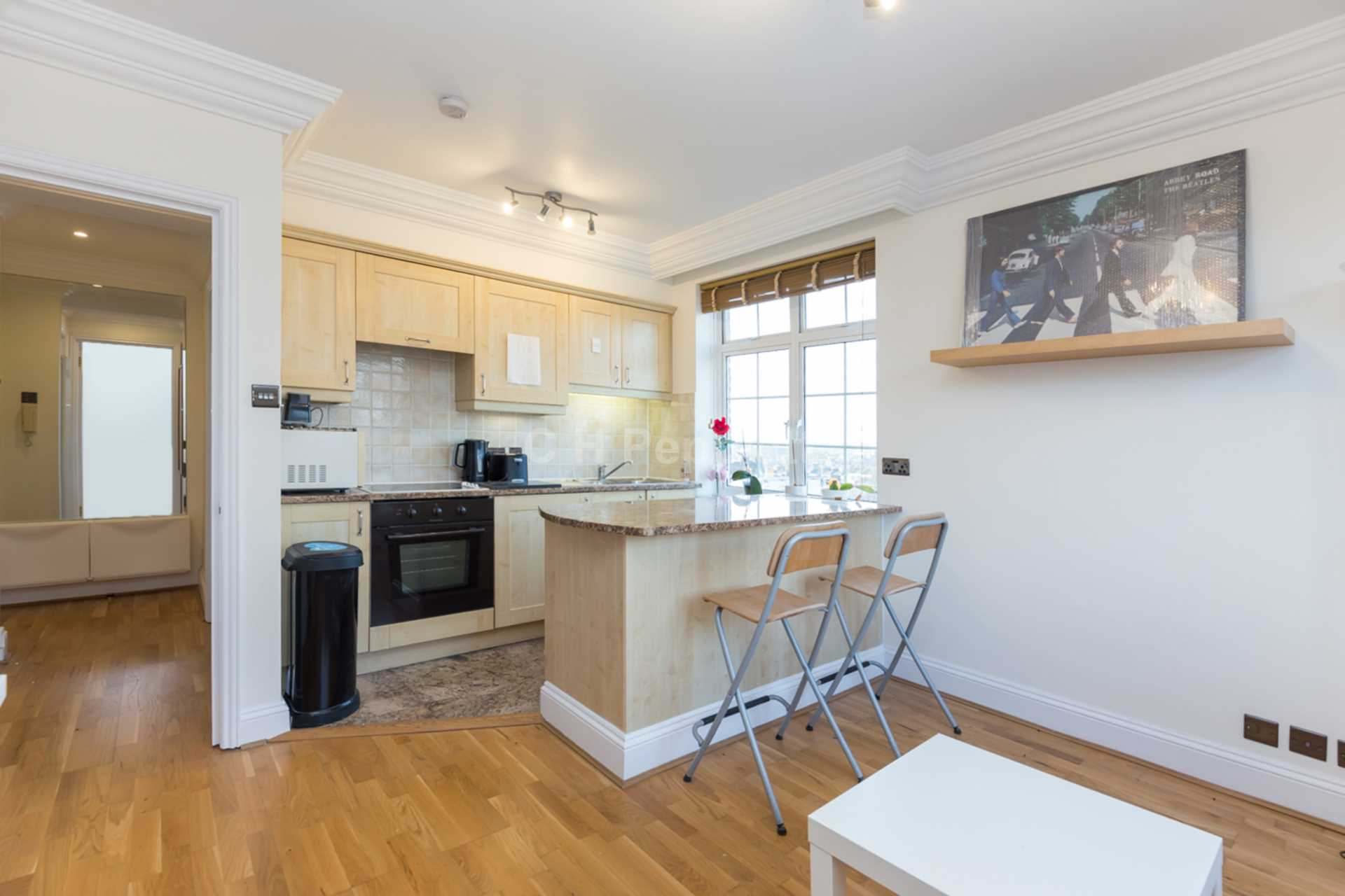 Student To Rent In London L2L77-1094