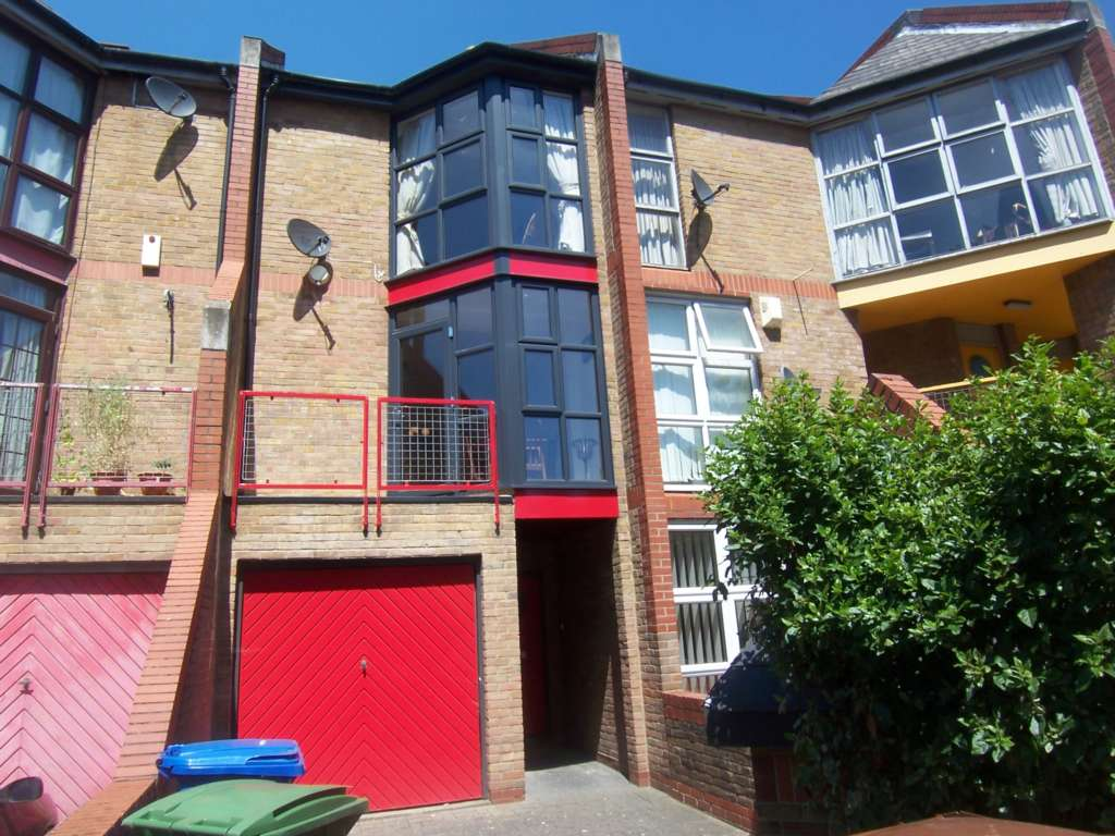 Property To Rent In London L2L78-356