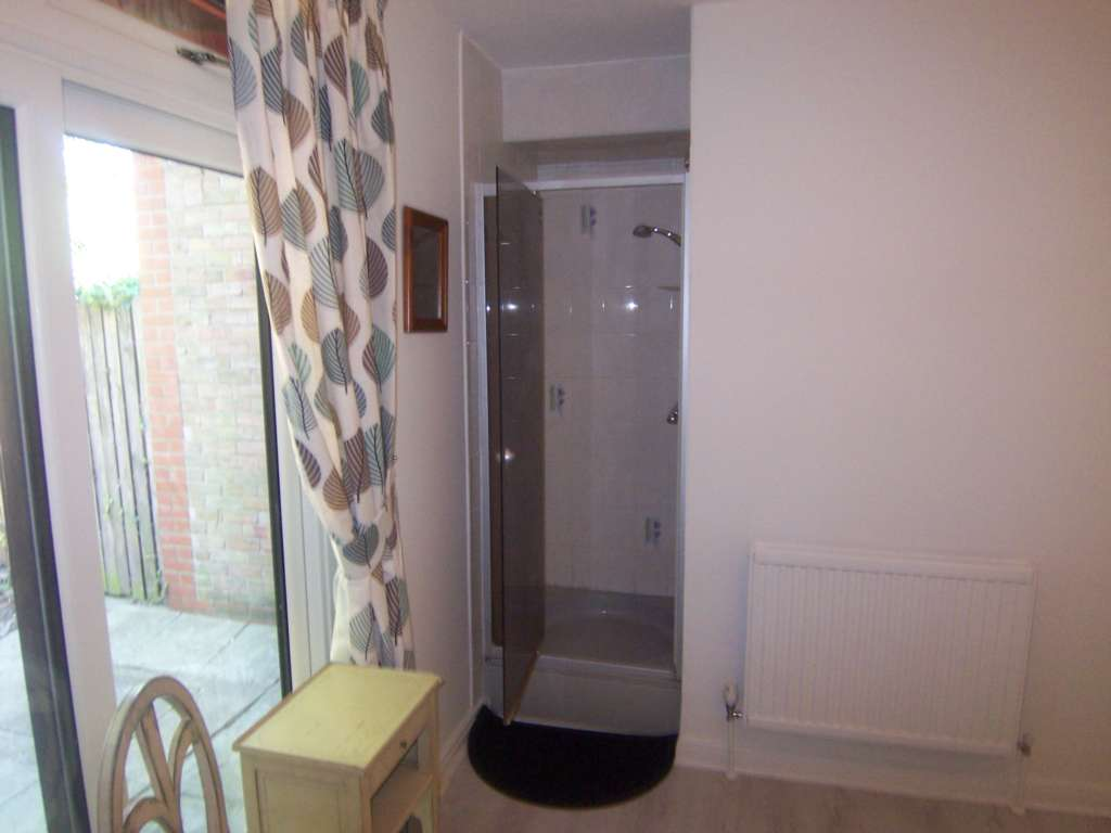 Rent In Rotherhithe L2L78-356